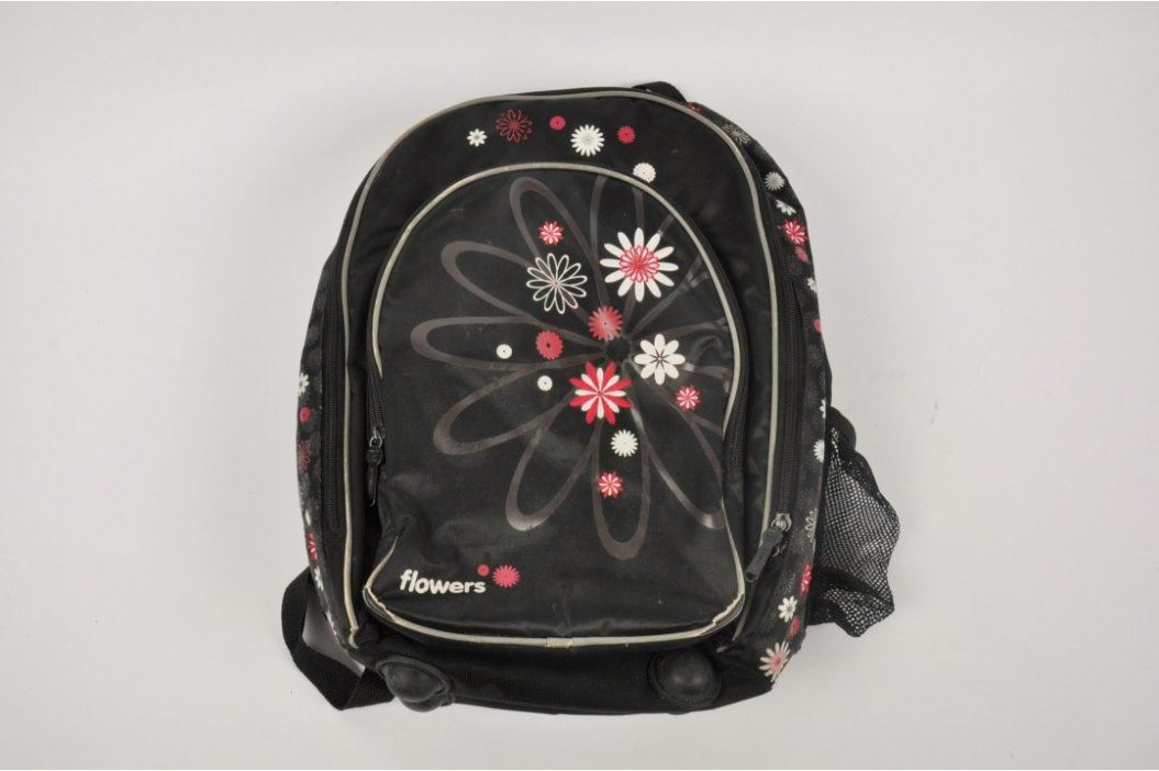 Anatomický školní dětský batoh Karton P+P Flowers Školní batohy
