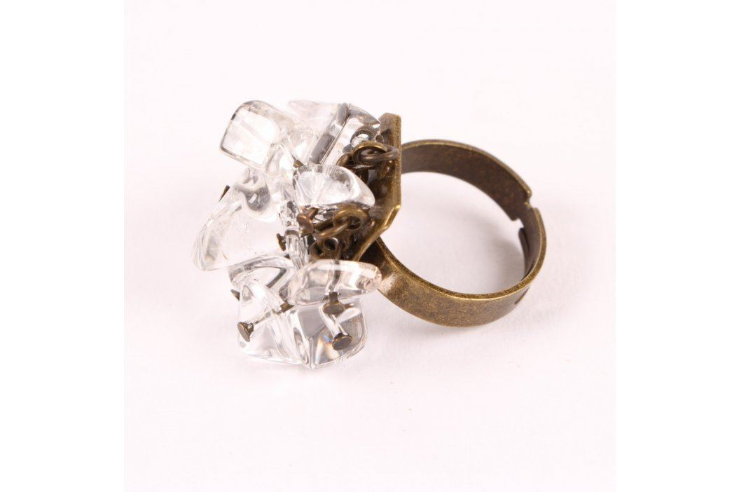 Dámský prsten z bílých kamínků