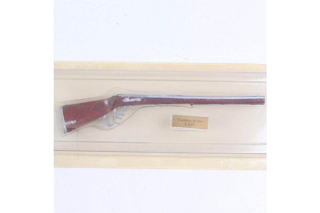 Model karabiny s vyřezávanou pažbou Ostatní sběratelství