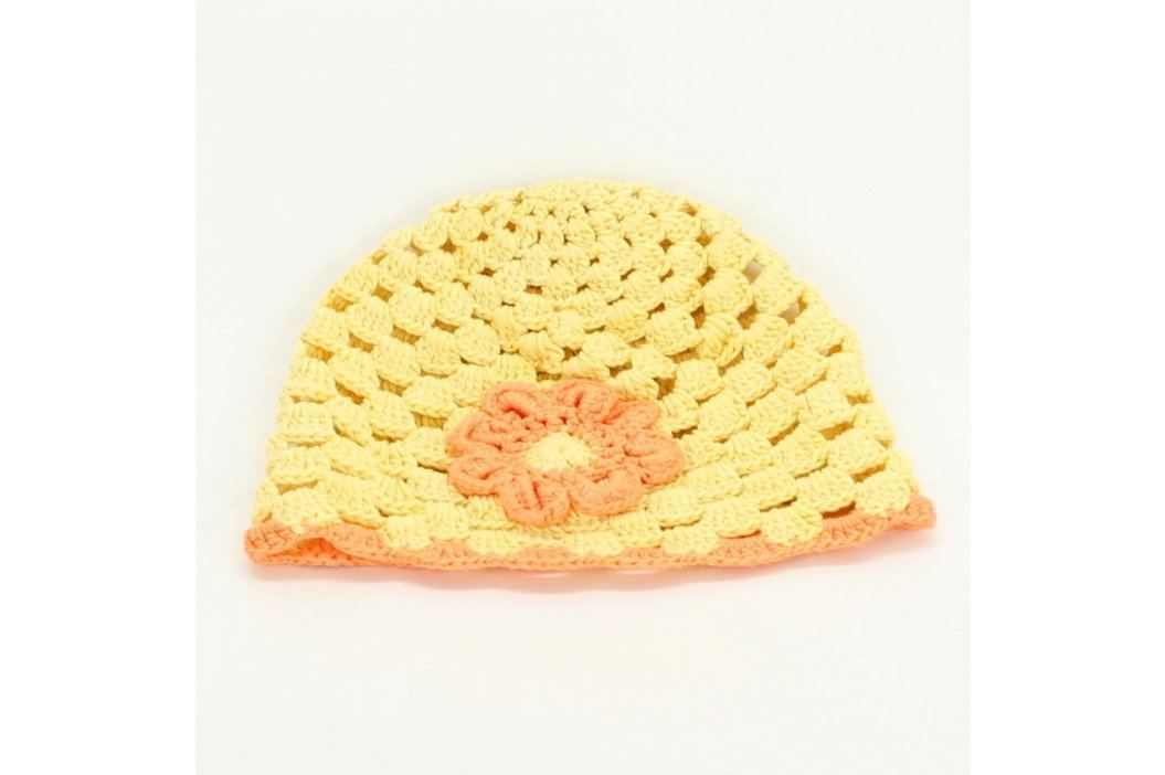 Dětská háčkovaná čepice žluté barvy Dětské šály, čepice a rukavice