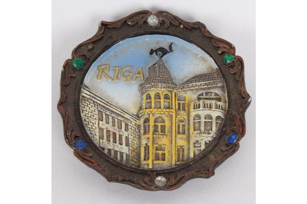 Dřevěná malovaná plaketa Riga Cestovatelské předměty