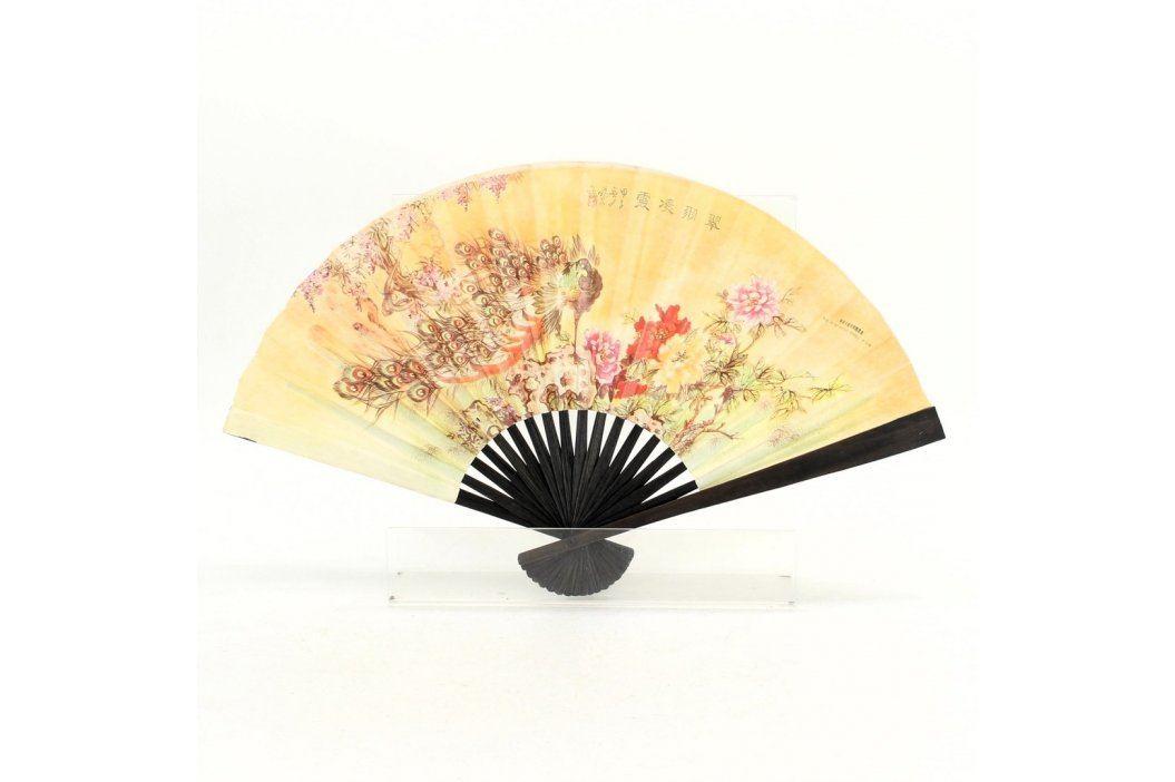 Vějíř s japonským motivem