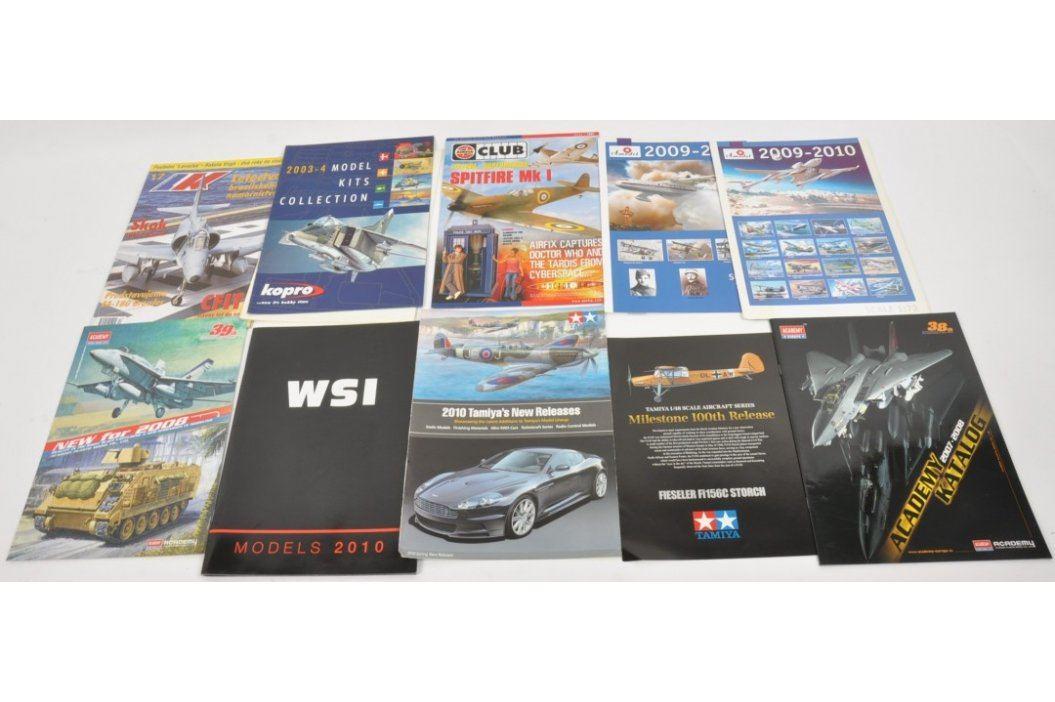 Časopisy 10ks - modely, letectví, armádní technika Časopisy a komiksy