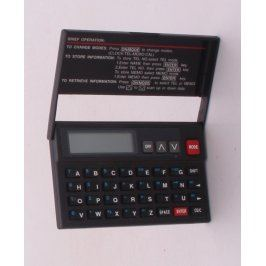 Kalkulačka s krytem černá