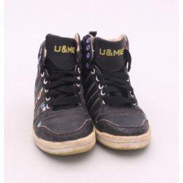 Dětská obuv U&ME černé  barvy