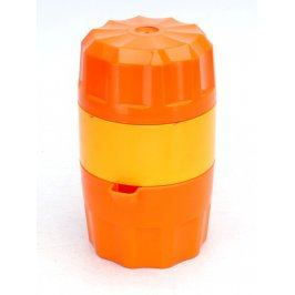 Plastový lis na citrusy