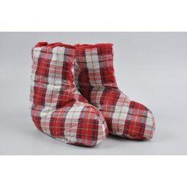 Domácí červené kostkované papuče