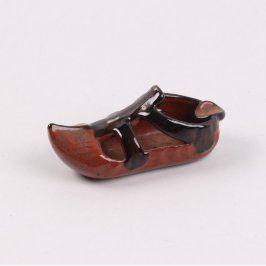 Keramická bota hnědě glazurovaná