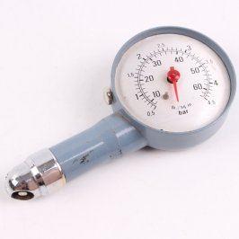 Manometr pro měření tlaku autopneu
