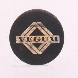Hokejový puk s logem Vegum