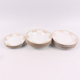 Sada talířů s pozlacenými okraji