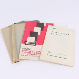 Balení různých typů papíru A4