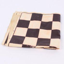 Pogumovaná šachovnice 49 x 48 cm