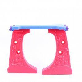 Dětský stolek modro-červené barvy