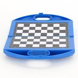 Cestovní šachy v modrém kufříku