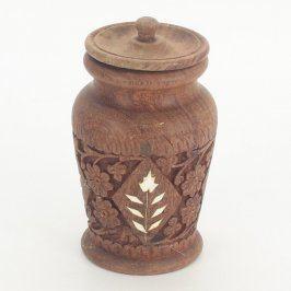 Dřevěná nádoba vyřezávaná s víkem