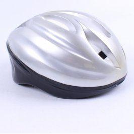 Cyklistická helma stříbrná