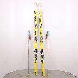 Sjezdové lyže Rossignol Torsion Box a hůlky