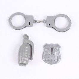 Plastové hračky: makety policejních pomůcek