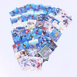 Sbírka karet fotbalistů a hokejistů