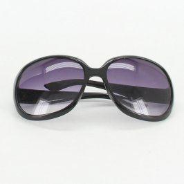 Sluneční brýle černé barvy s celoobrubou