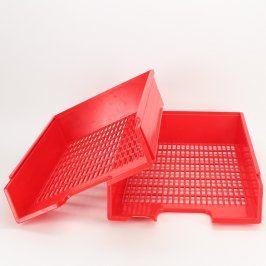 2x plastové pořadače A4 červené