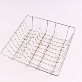 Kovový odkapávač na nádobí