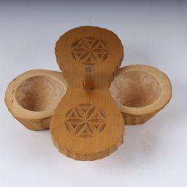 Dřevěná slánka a pepřenka s víčkem
