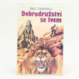 Dobrodružství se lvem Eric Campbell