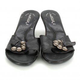 Dámské pantofle Matisse černé