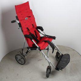 Invalidní lehký dětský vozík Patron Bohemia