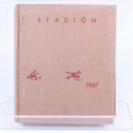 Stadión - rok 1967, ročník 15, čísla 1 - 52