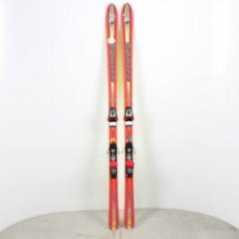 Sjezdové lyže Rossignol s vázáním Salomon