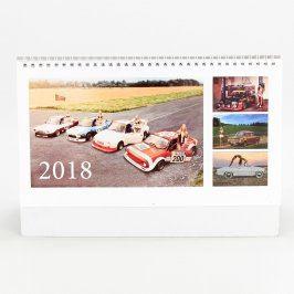 Stolní kalendář 2018 auta a ženy
