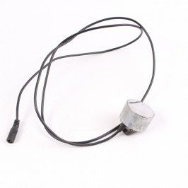Elektrická svítilna s atypickou zástrčkou