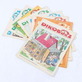 Sada časopisů Dikobraz z roku 1982