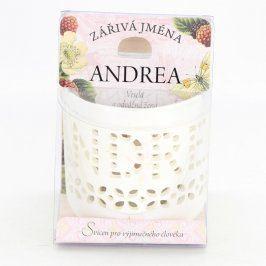 Dekorativní svícen se jménem Andrea