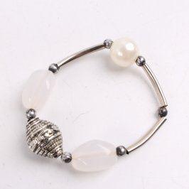 Náramek kovový s perlou a kamínky