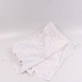 Záclona odstín bílé vzorovaná