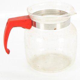 Skleněná konvice na čaj s červeným uchem