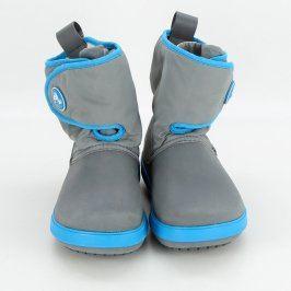 Dětské zimní boty Crocs šedé barvy