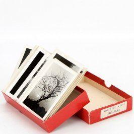 Sbírka černobílých fotografií krás přírody