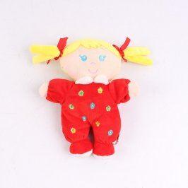 Látková panenka se žlutými vlásky
