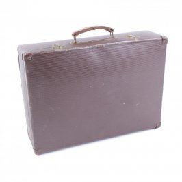 Cestovní kufr tmavé barvy s držadlem