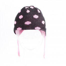 Dětská čepice černá s růžovými puntíky