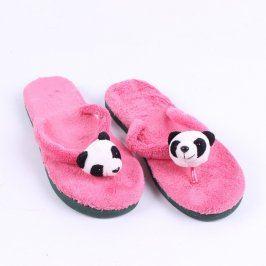 Dětské chlupaté žabky růžové s pandou