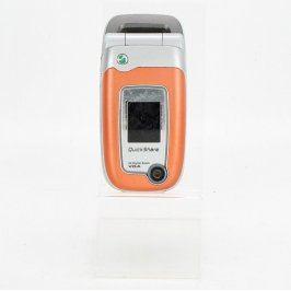 Mobilní telefon Sony Ericsson Z520i oranžový