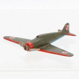 Model vojenského letadla kovový