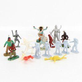 Plastové figurky 16 ks bojovníků