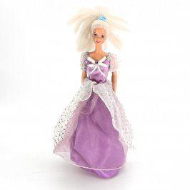Barbie panenka ve fialových šatech